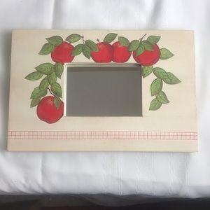 Apple 🍎 motif mirror